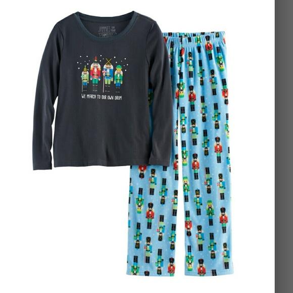 b1d138da9210 Jammies for our Families Pajamas